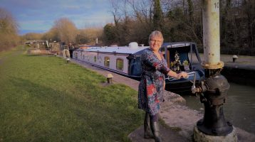 Lesley at Calcutt Locks