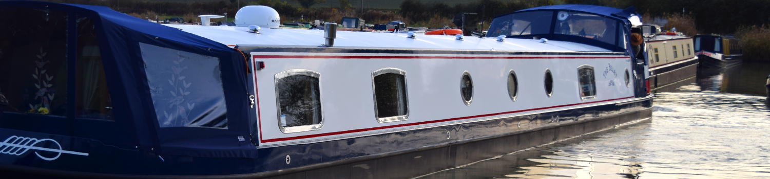 The Billet Luxury Canal Boat Hotel Holidays